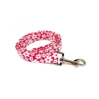 Cerise Pink Daisy Wagytail Lead